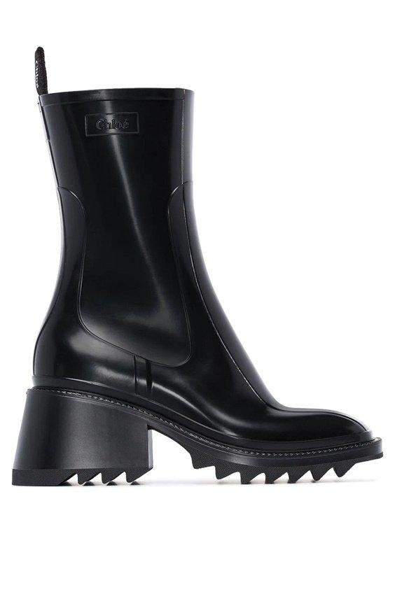fall stereet style fashion rain boots