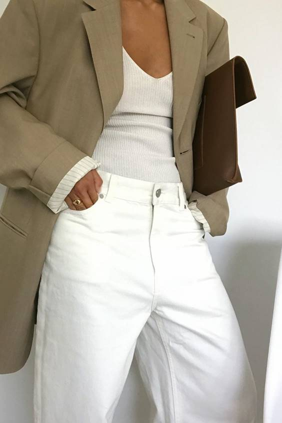 minimal look knitted top and jacket