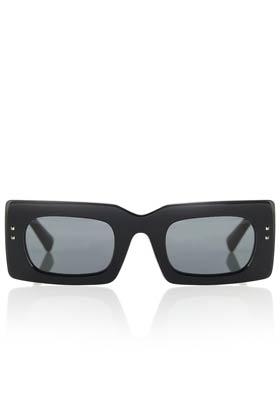 valentino rectangular sunglasses summer accessory staple