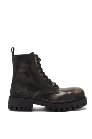 Autumn-Winter 2021 trends chunky sole combat boots