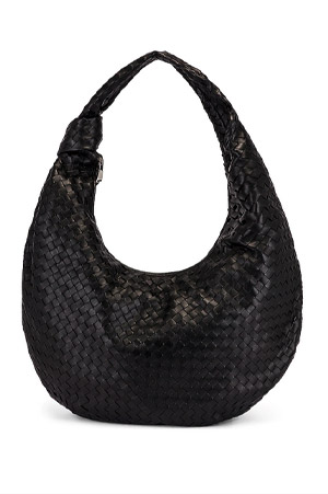 Bottega Veneta round-shaped XXL Hobo Bag in pleated leather with a knot on the armhold